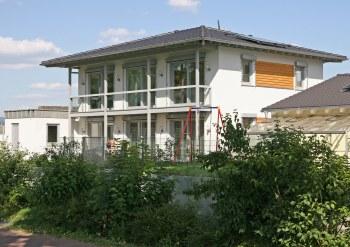 europ ische holzroute abschnitt rheinland pfalz benelux st ber kfw 60 haus in koblenz. Black Bedroom Furniture Sets. Home Design Ideas